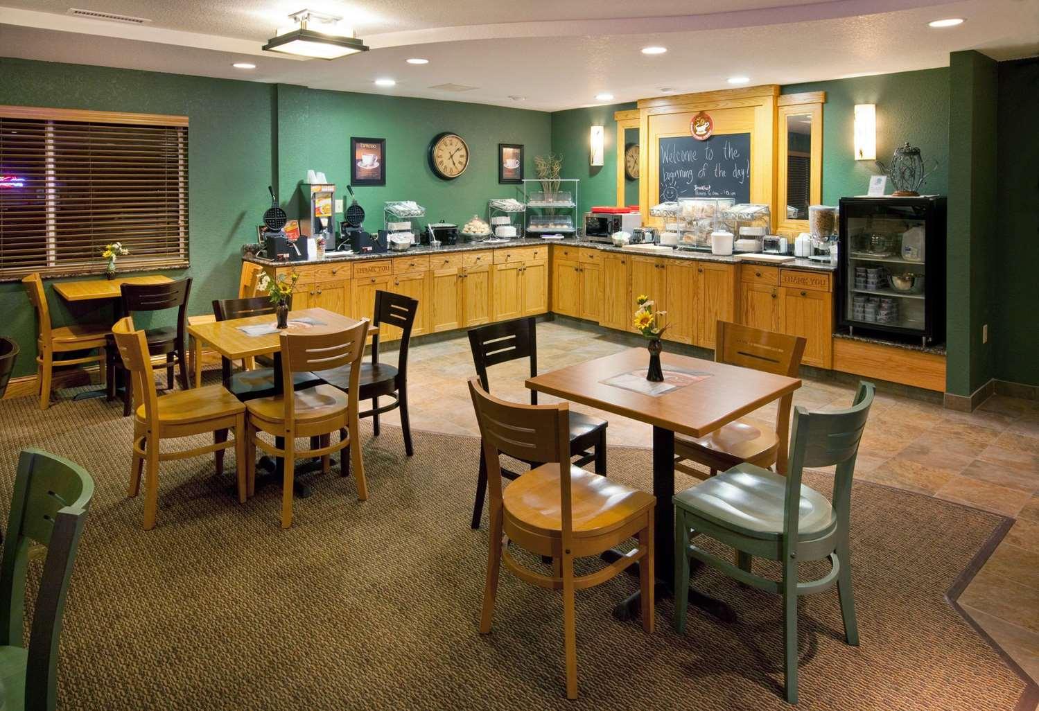 proam - AmericInn Lodge & Suites Anamosa