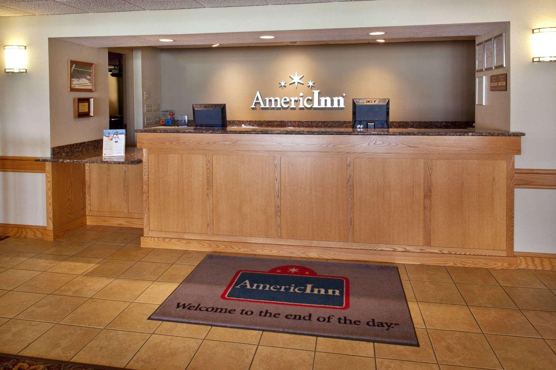 Lobby - AmericInn Lodge & Suites Anamosa