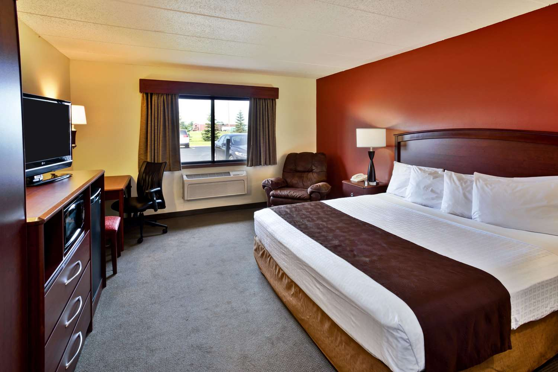 Room - AmericInn Lodge & Suites Baudette