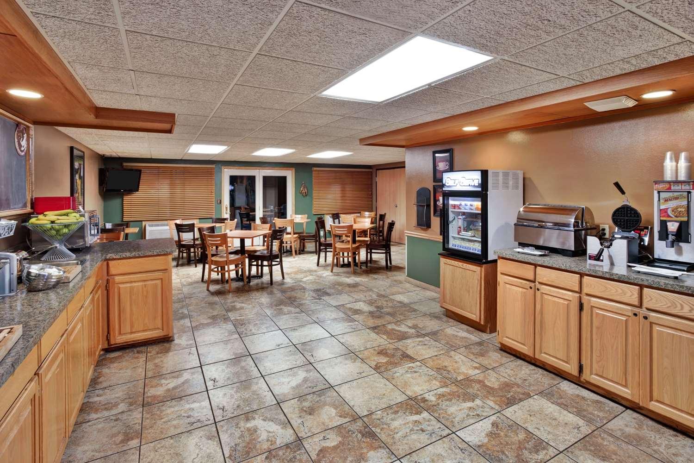 proam - AmericInn Lodge & Suites Baudette