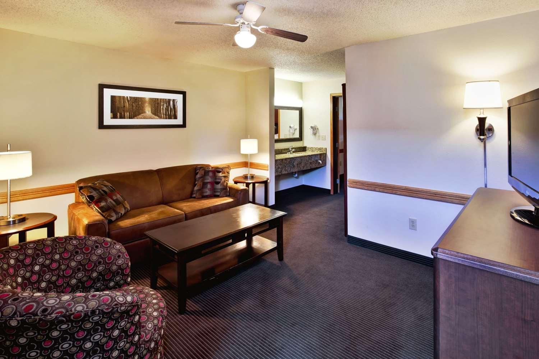 Suite - AmericInn Lodge & Suites Baudette