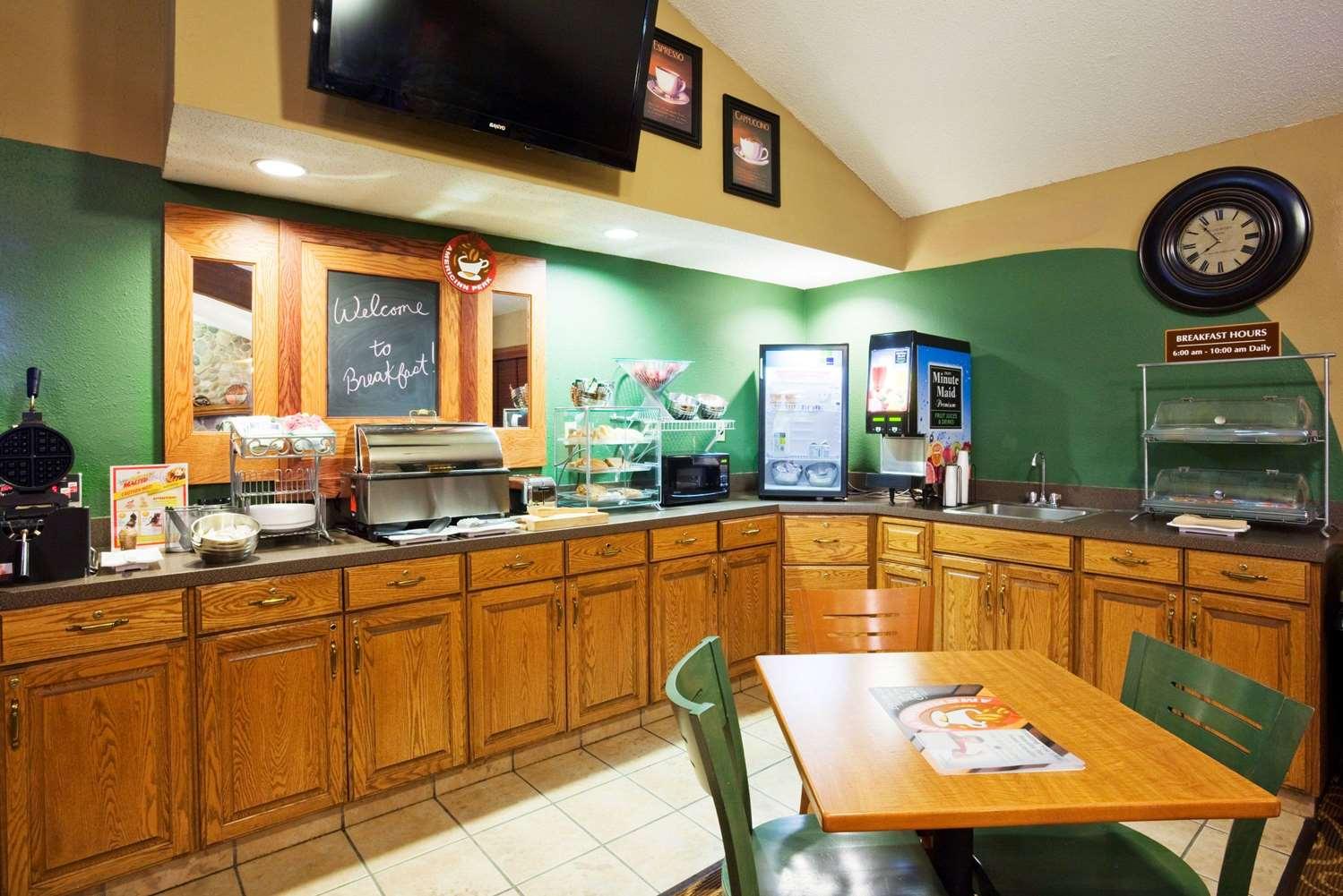 proam - AmericInn Lodge & Suites Austin