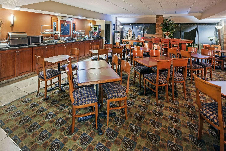 proam - AmericInn Hotel & Suites Omaha