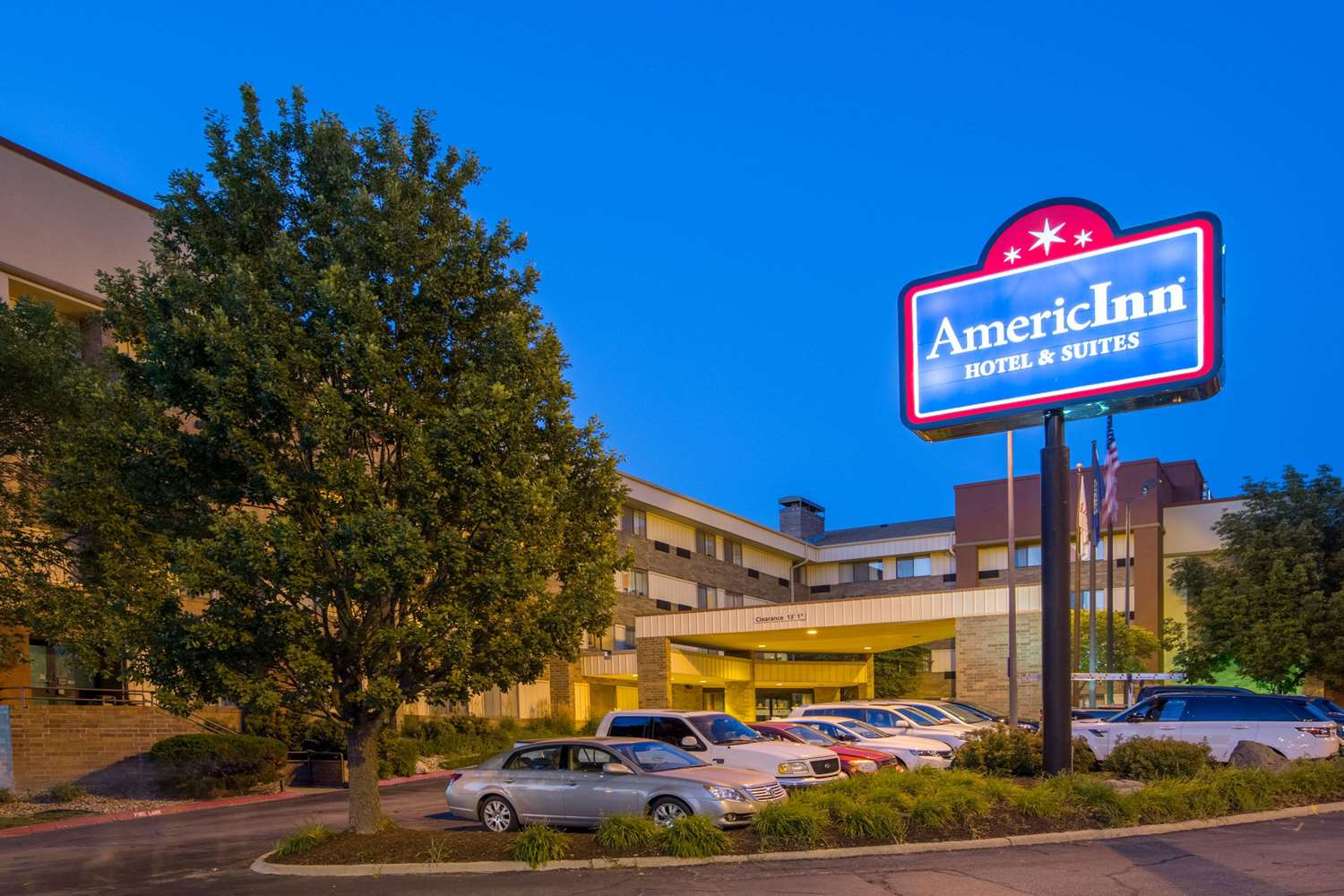 Exterior view - AmericInn Hotel & Suites Omaha