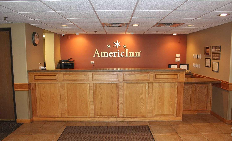 - AmericInn Lodge & Suites Cedar Rapids