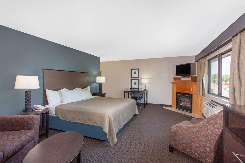 Suite - AmericInn Lodge & Suites North Branch