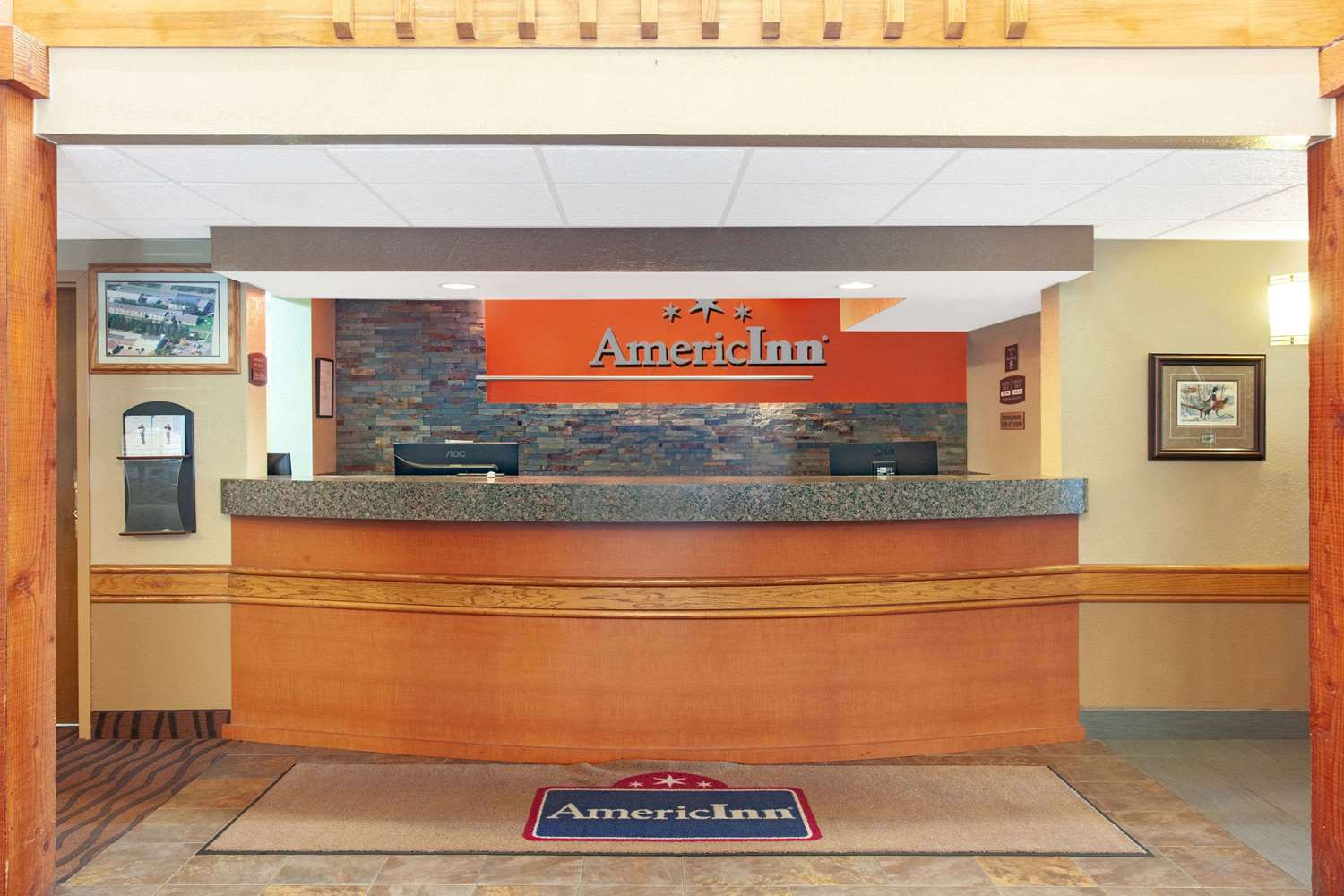 Lobby - AmericInn Lodge & Suites Ham Lake