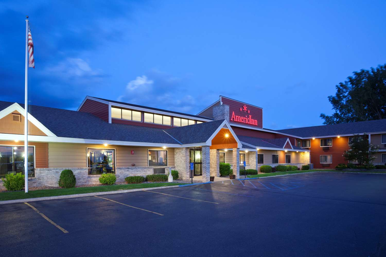 Exterior view - AmericInn Fergus Falls Conference Center