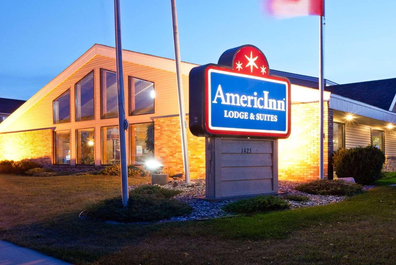 Exterior view - AmericInn Lodge & Suites West Acres Fargo