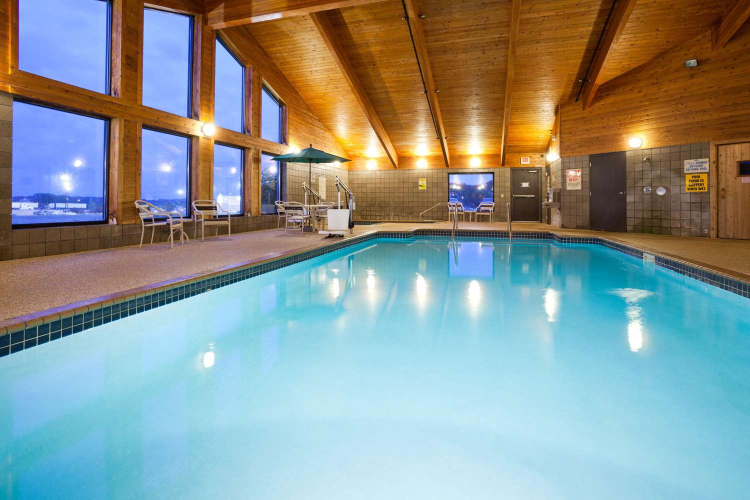 Pool - AmericInn Lodge & Suites Sauk Centre