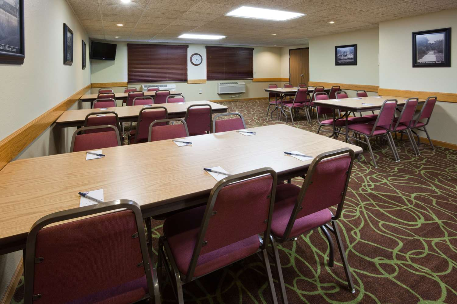 Meeting Facilities - AmericInn Lodge & Suites Sauk Centre