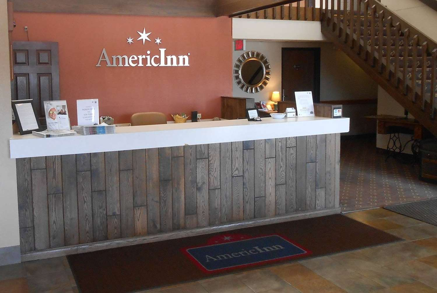 Lobby - AmericInn Forest Lake