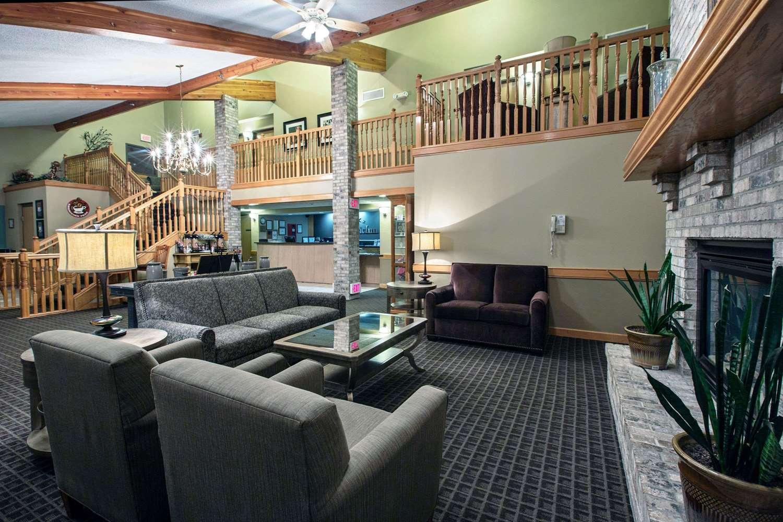 proam - AmericInn Hotel & Suites Iowa Falls