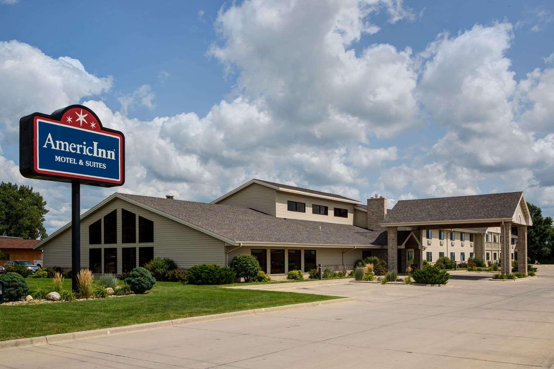 Exterior view - AmericInn Hotel & Suites Iowa Falls