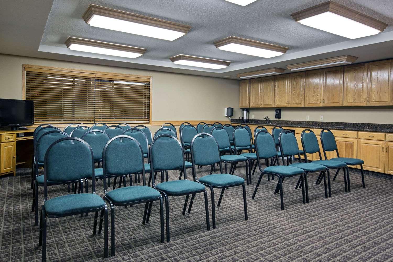 Meeting Facilities - AmericInn Hotel & Suites Iowa Falls