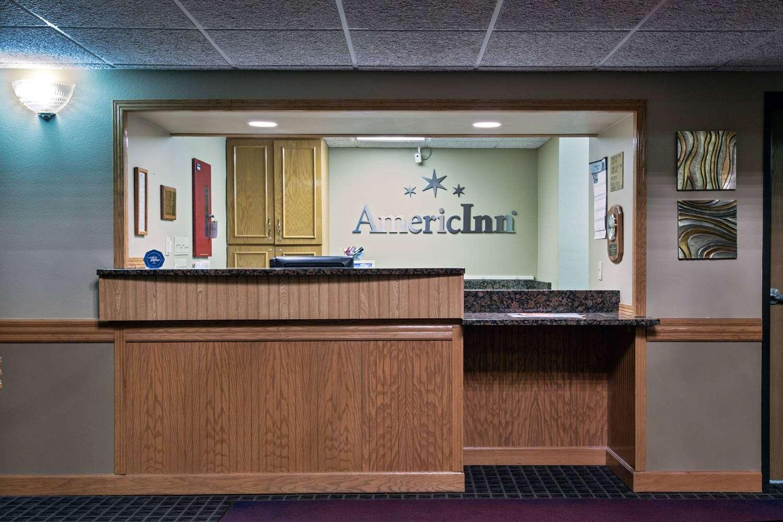 Lobby - AmericInn Hotel & Suites Grundy Center