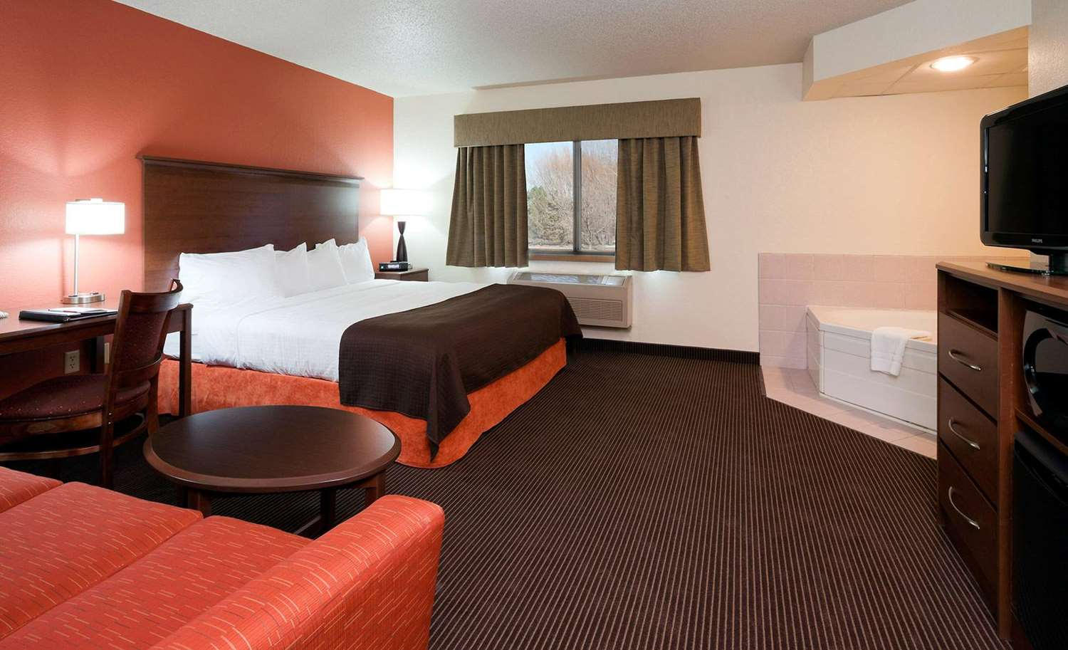 Room - AmericInn Ashland
