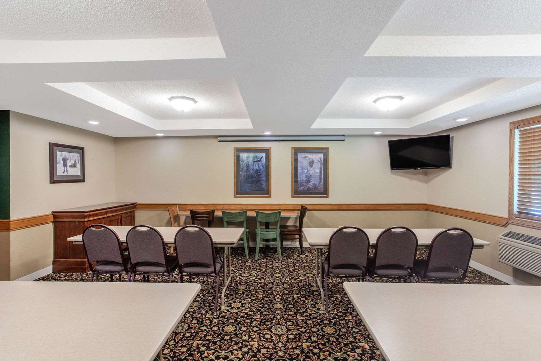 Meeting Facilities - AmericInn Lodge & Suites White Bear Lake