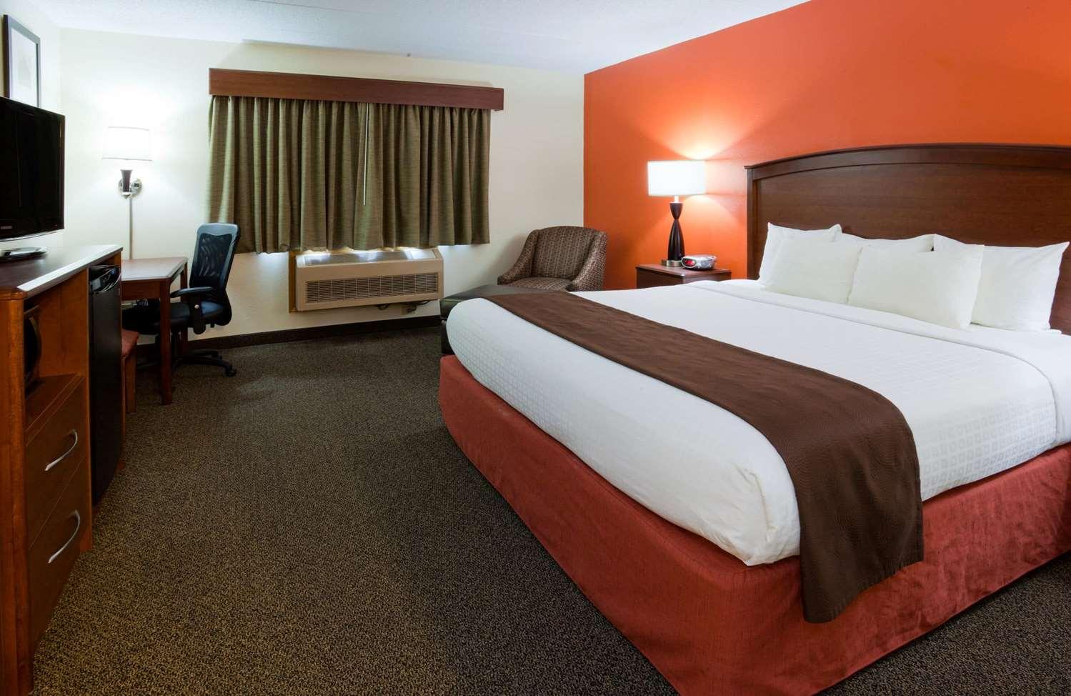 Room - AmericInn Lodge & Suites Virginia