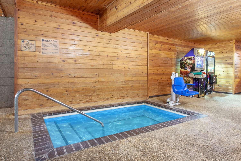Pool - AmericInn Lodge & Suites Cloquet