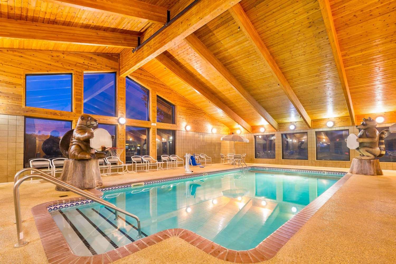 Pool - AmericInn Lodge & Suites Wabasha