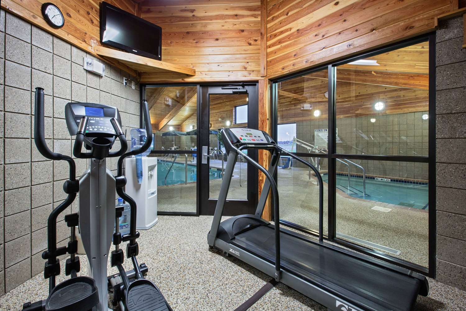 Fitness/ Exercise Room - AmericInn Lodge & Suites Fort Dodge