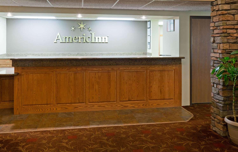 Lobby - AmericInn Lodge & Suites Thief River Falls