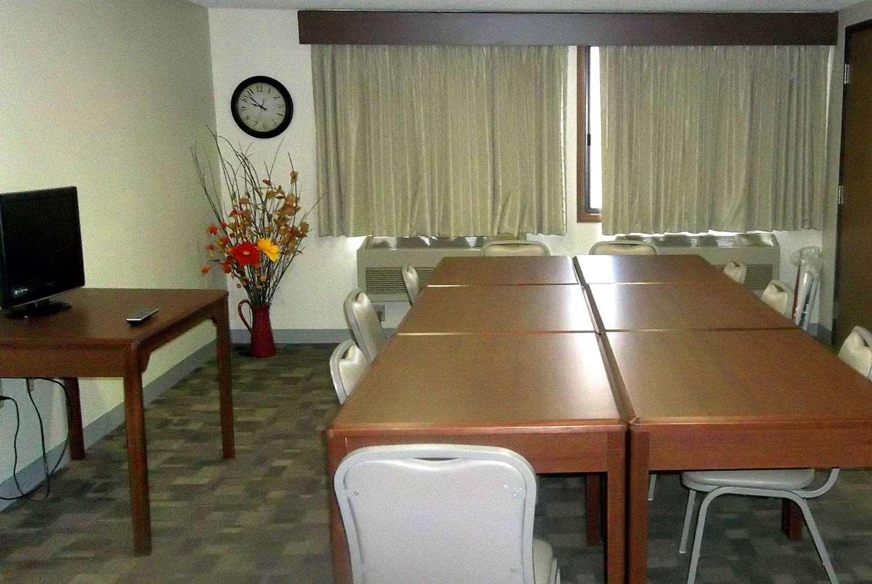 Meeting Facilities - AmericInn Grand Rapids