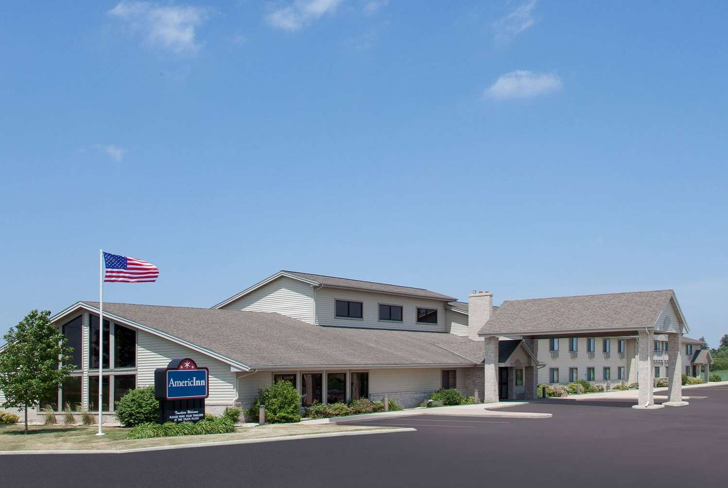 Exterior view - AmericInn Hotel & Suites Webster City