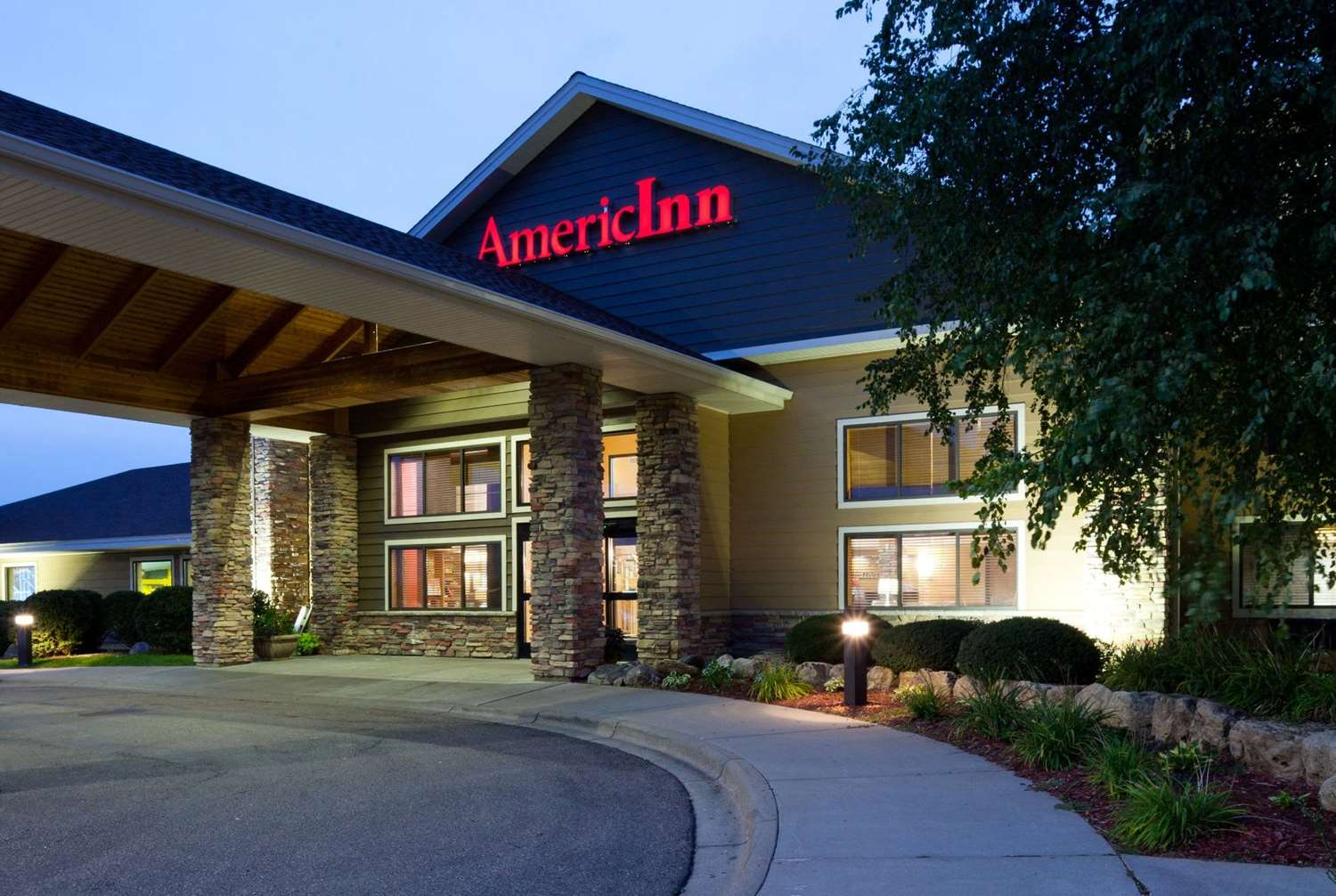 Exterior view - AmericInn Lodge & Suites Shakopee