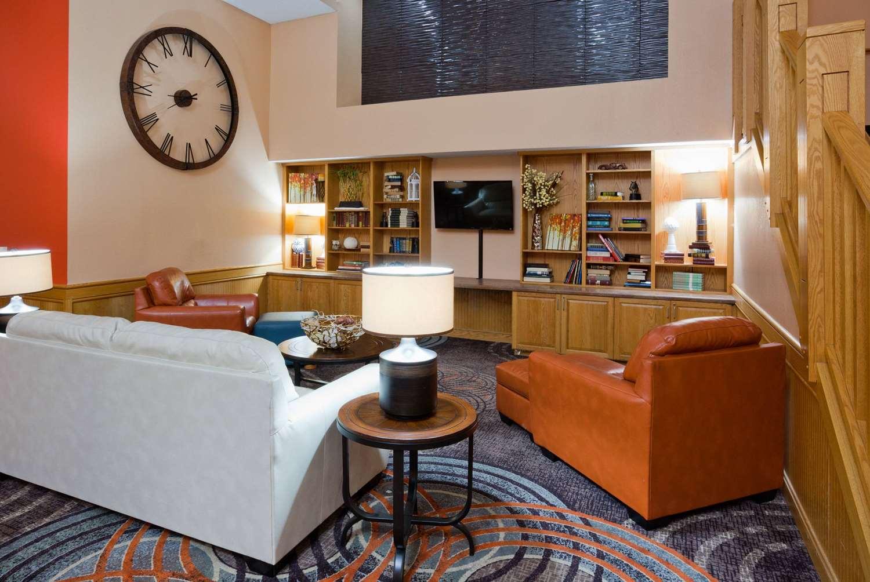 Lobby - AmericInn Lodge & Suites Shakopee