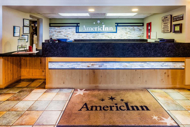 Lobby - AmericInn Lodge & Suites Hampton