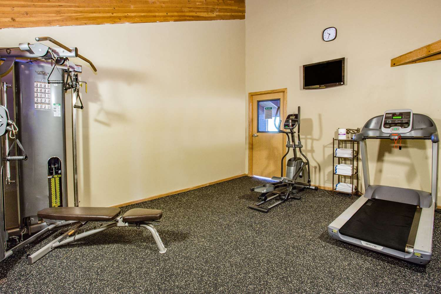 Fitness/ Exercise Room - AmericInn Hotel & Suites Dickinson