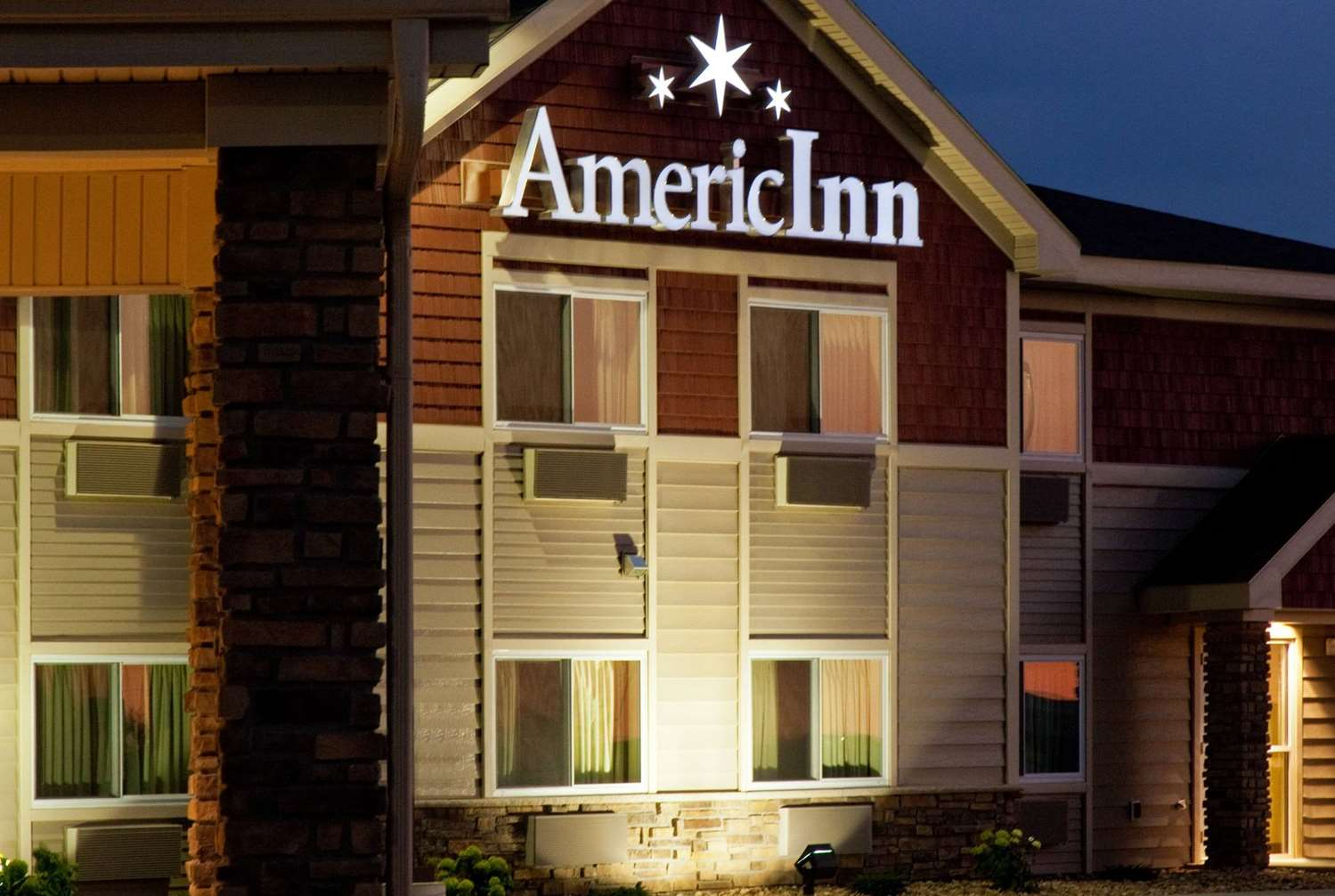 Exterior view - AmericInn Hotel & Suites Osage