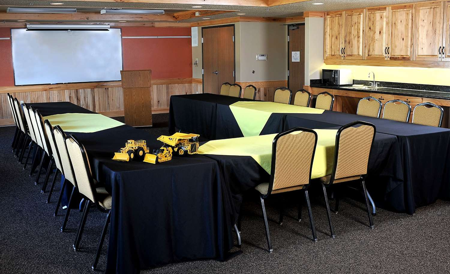 Meeting Facilities - AmericInn Oswego