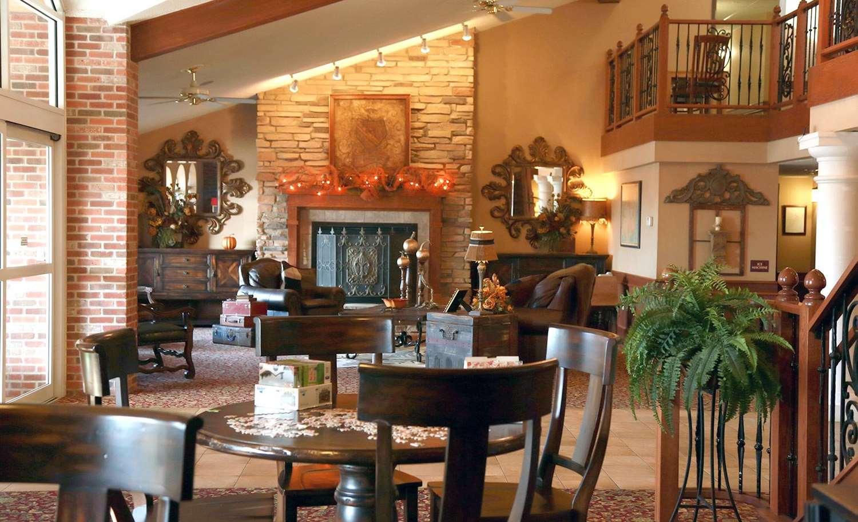 Lobby - AmericInn Lodge & Suites McAlester