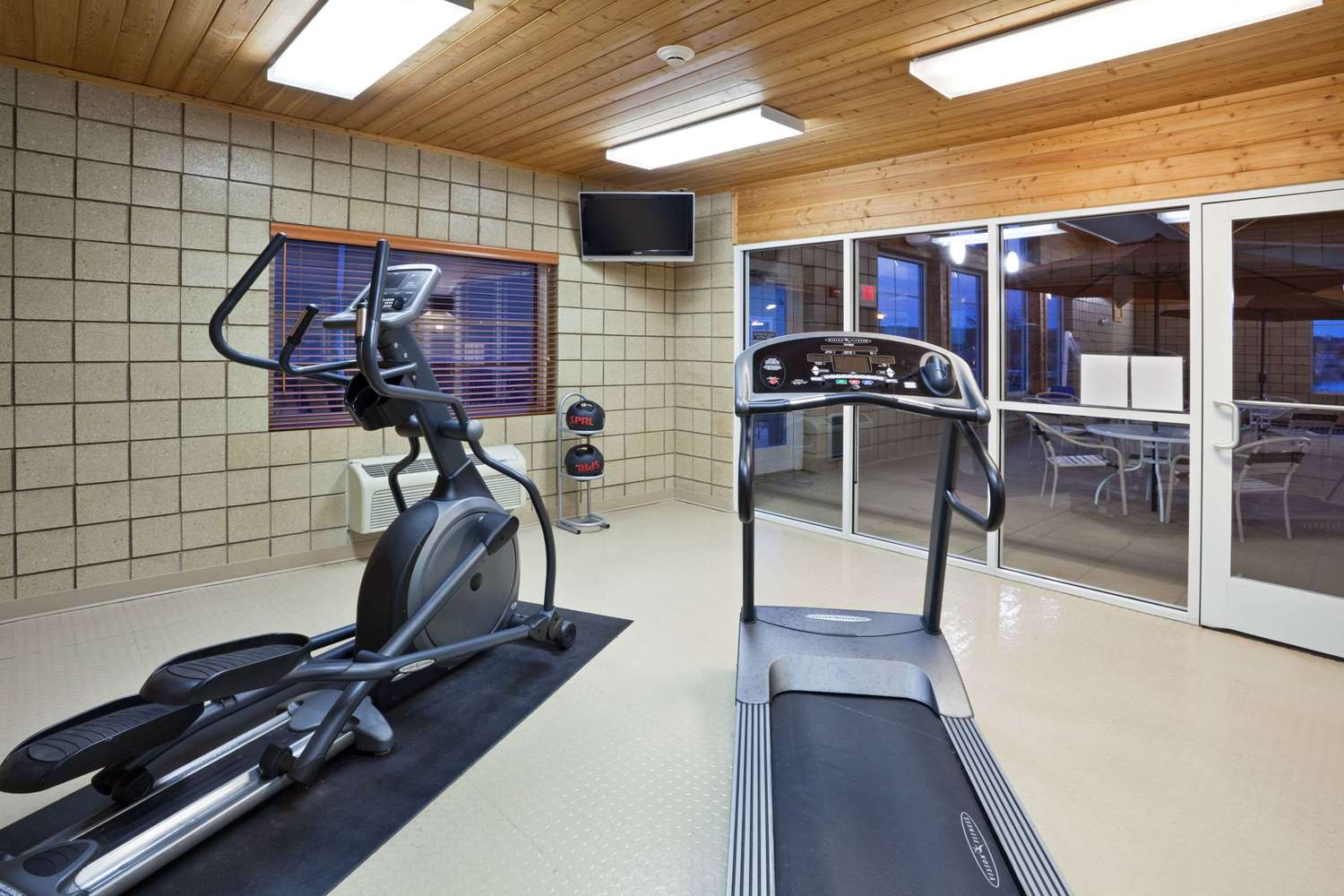 Fitness/ Exercise Room - AmericInn Fort Pierre