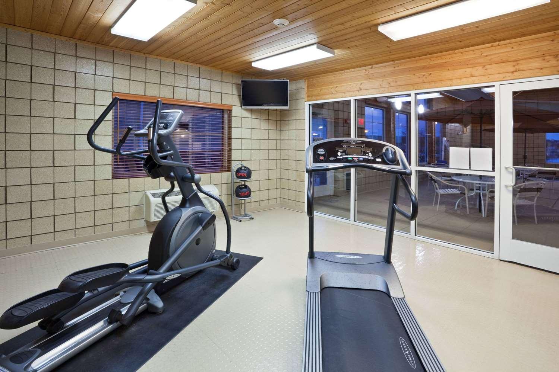 Fitness/ Exercise Room - AmericInn Fort Pierre