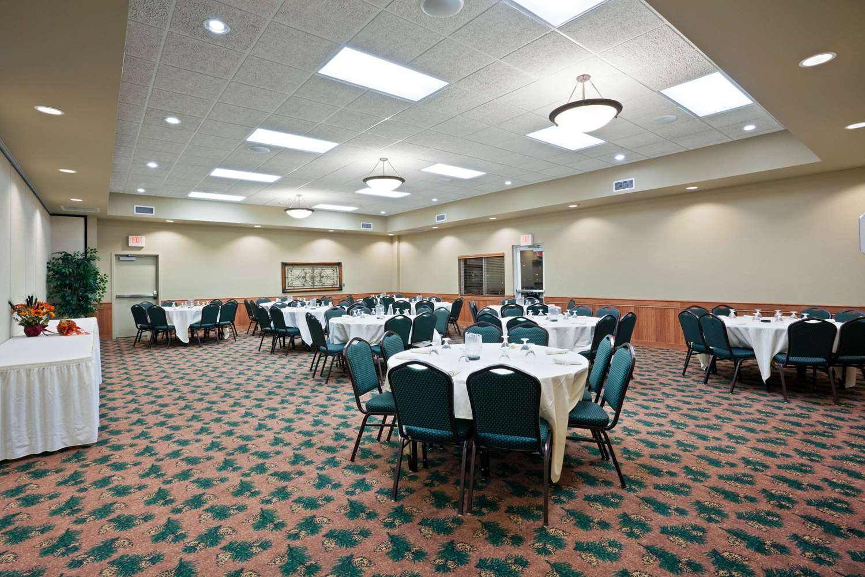 Ballroom - AmericInn Fort Pierre