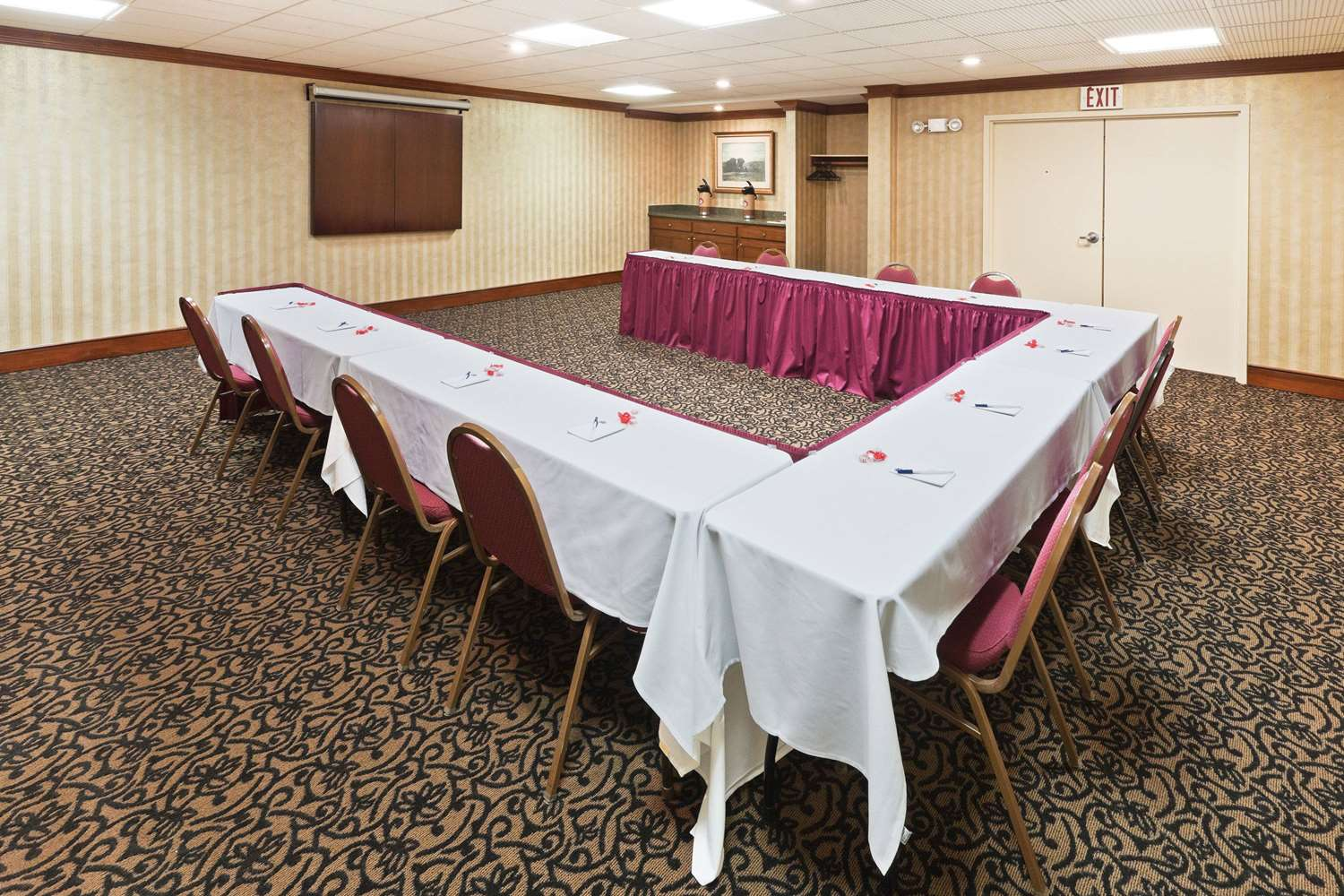 Meeting Facilities - AmericInn Hotel & Suites Fishers