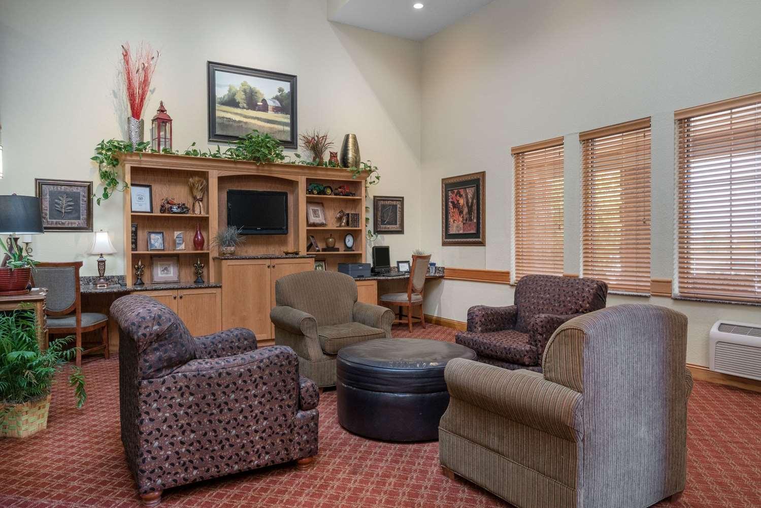 Conference Area - AmericInn Lodge & Suites Newton