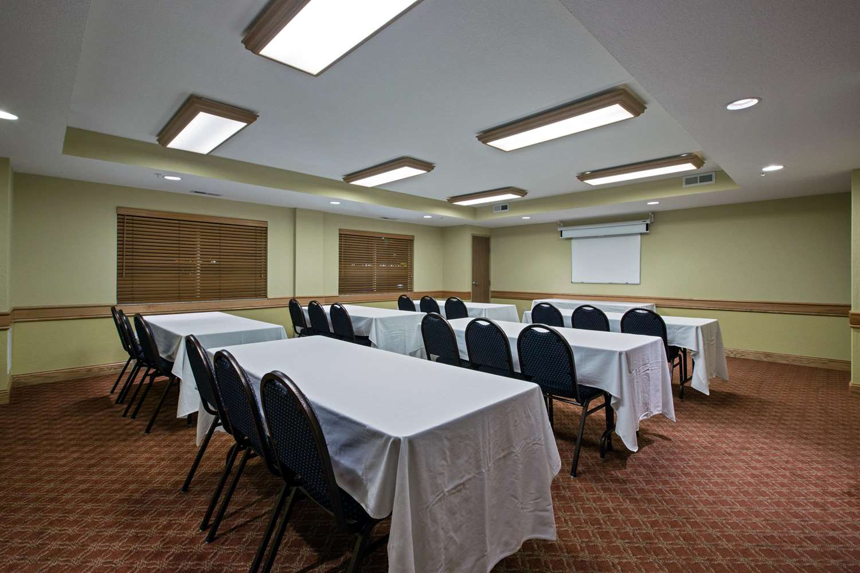 Meeting Facilities - AmericInn Lodge & Suites Newton
