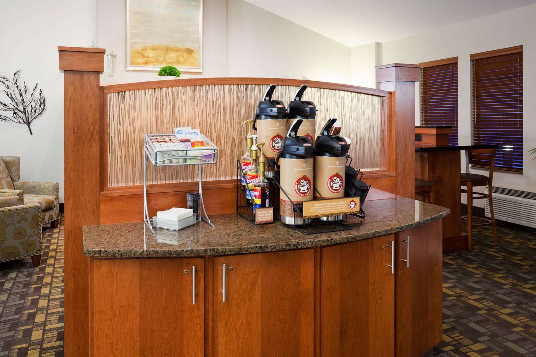 proam - AmericInn Hotel & Suites Hawley