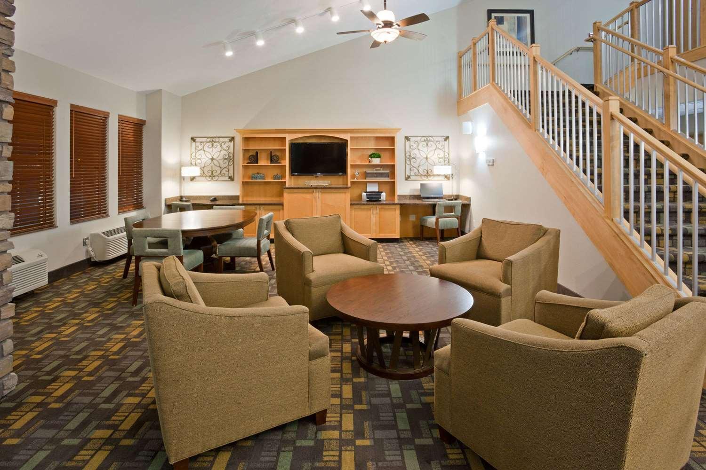 Lobby - AmericInn Hotel & Suites Hawley