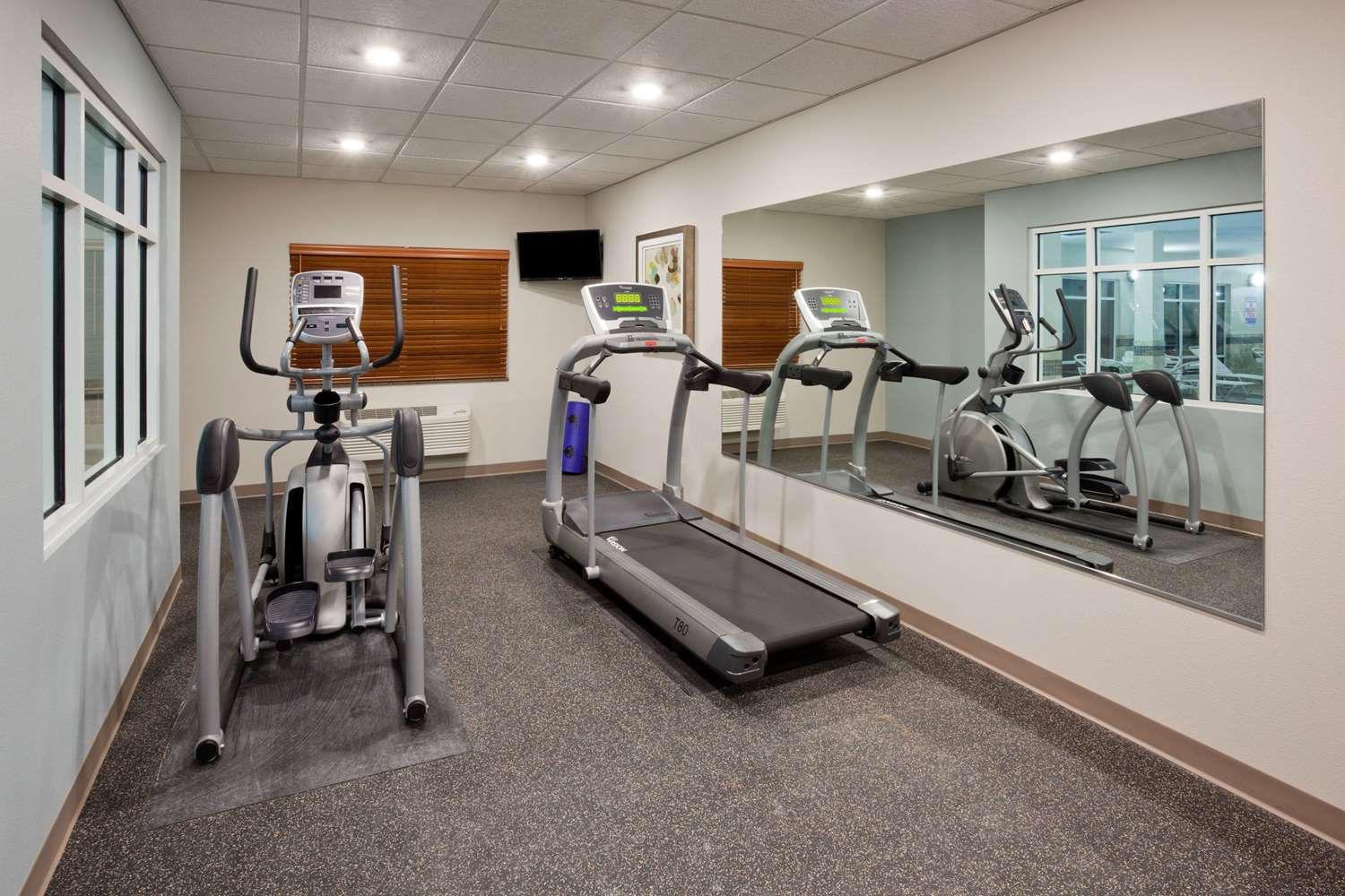 Fitness/ Exercise Room - AmericInn Hotel & Suites Sibley