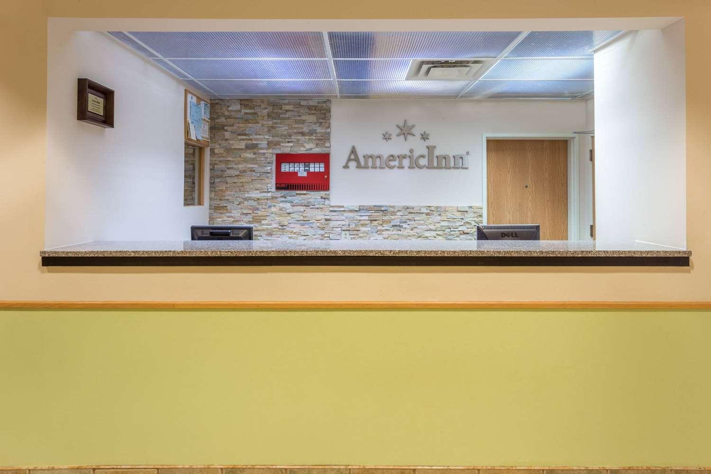 Lobby - AmericInn Hotel & Suites Streator