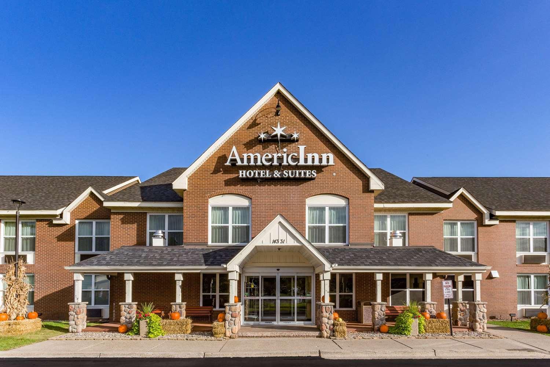 Exterior view - AmericInn Hotel & Suites Burnsville