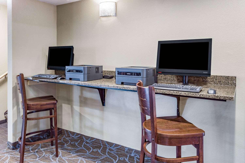 Conference Area - AmericInn Hotel & Suites Burnsville