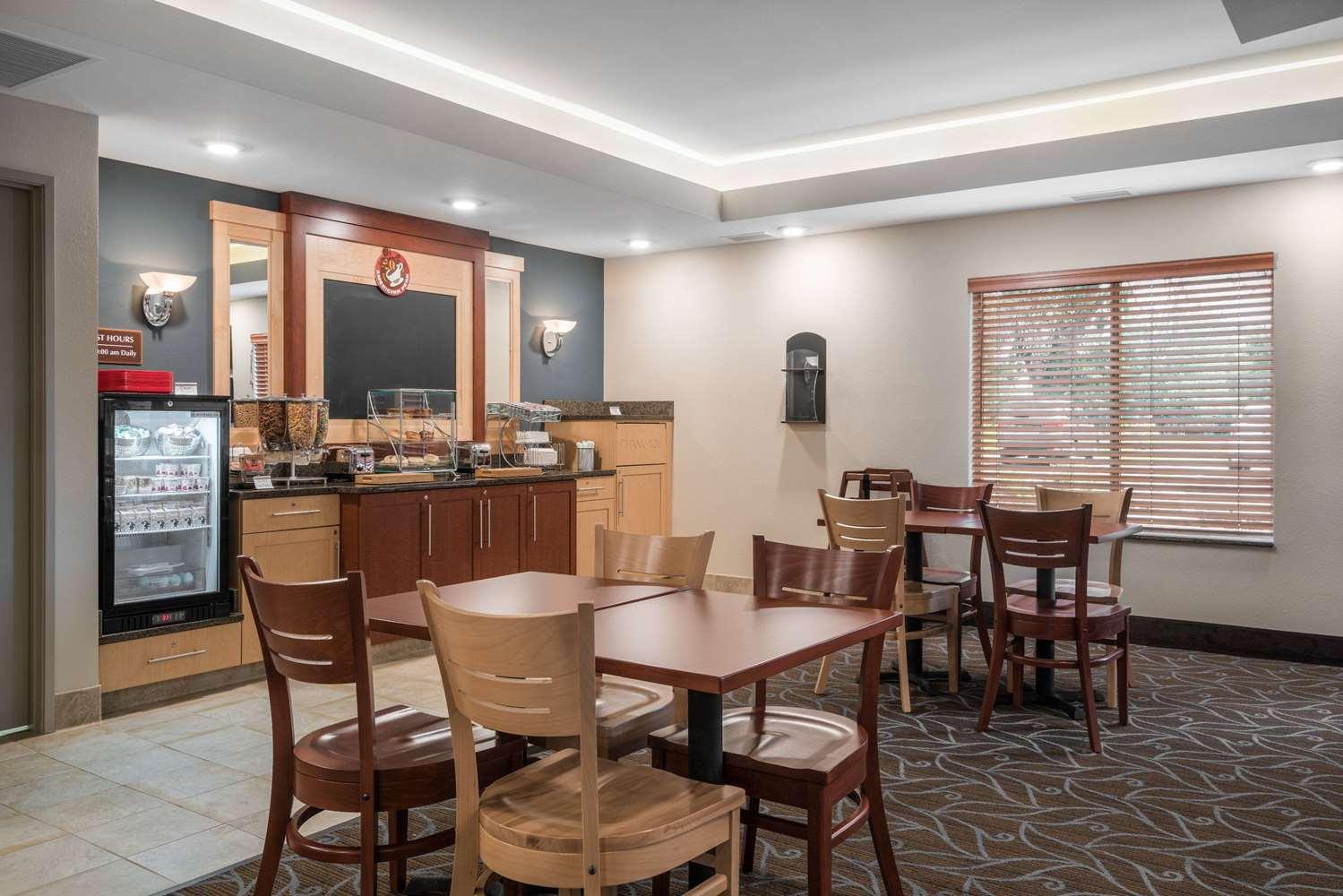 proam - AmericInn Hotel & Suites Winona