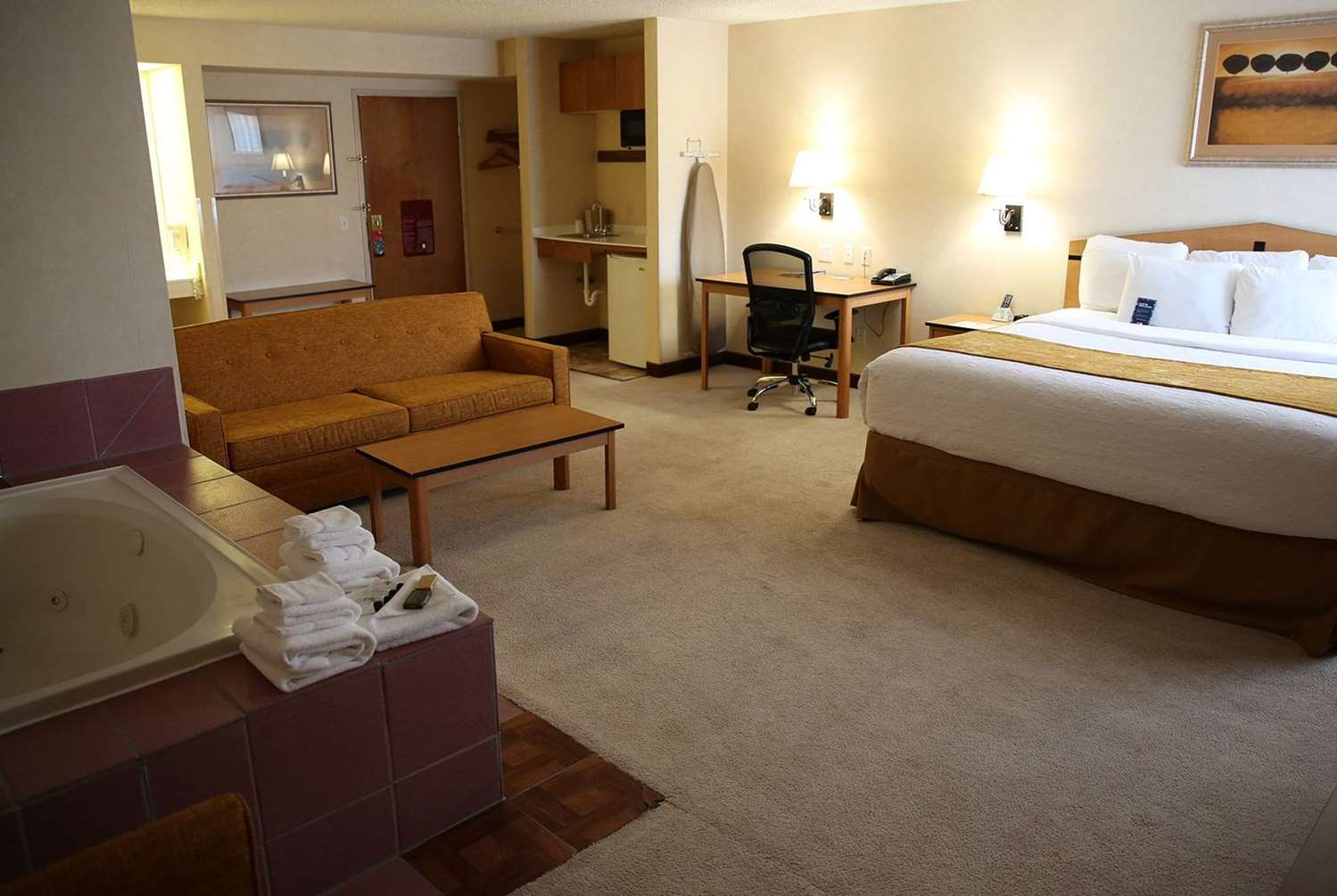 Room - AmericInn Hotel & Suites Airport Denver